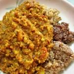 大豆ミートのキーマカレー&寝かせ玄米3種盛り